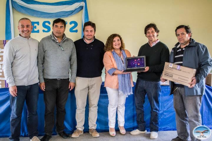 Se entregaron 108 netebooks en la Escuela Secundaria N° 2 de Coronel Vidal
