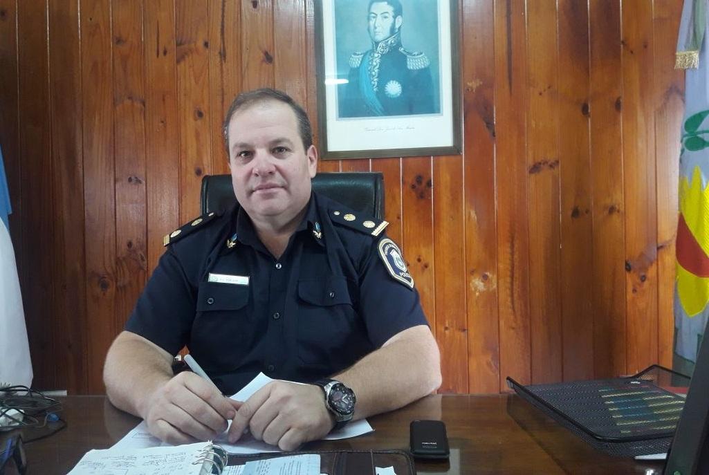 El comisario Robledo relevó al jefe de calle de Coronel Vidal, pese a que venía ordenando bien la localidad