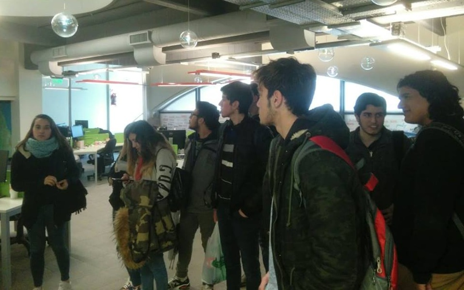 Alumnos de Coronel Vidal visitaron empresas de tecnología en Mar del Plata