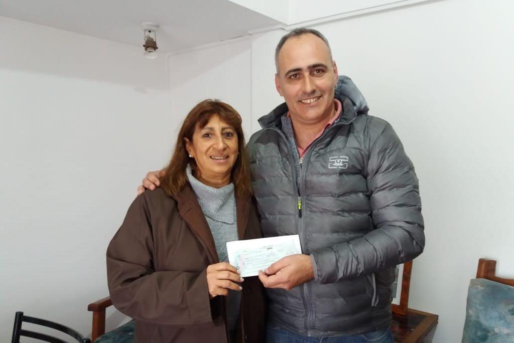 La cooperadora de la Escuela n° 503 recibió un subsidio de 16 mil pesos