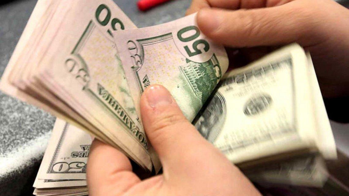 Nueva disparada del dólar, que se acerca a los 30 pesos: La tormenta que no pasó