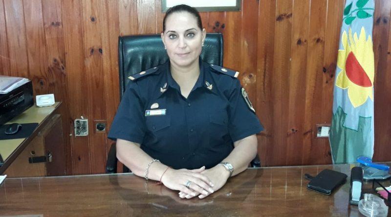ENTRE GALLOS Y MEDIANOCHE: Trasladaron de jurisdicción a la subcomisario Marcela Oyhamburu de la jefatura de la comisaria 1ra de Coronel Vidal