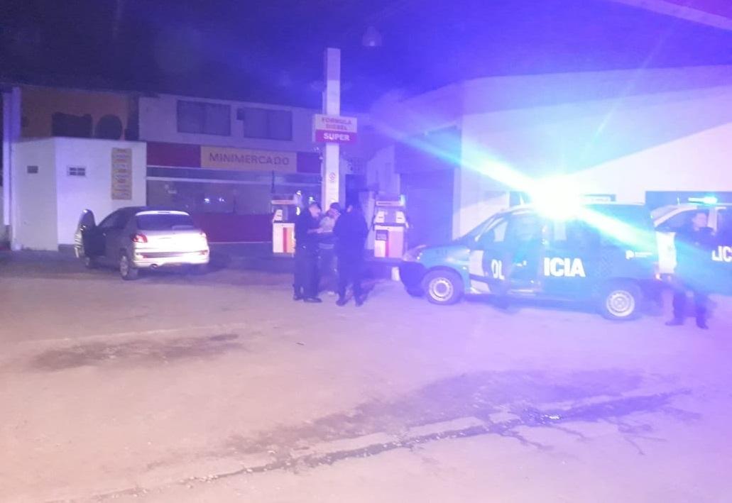 STA CLARA: Los agarraron infraganti robando nafta de una estación de servicios