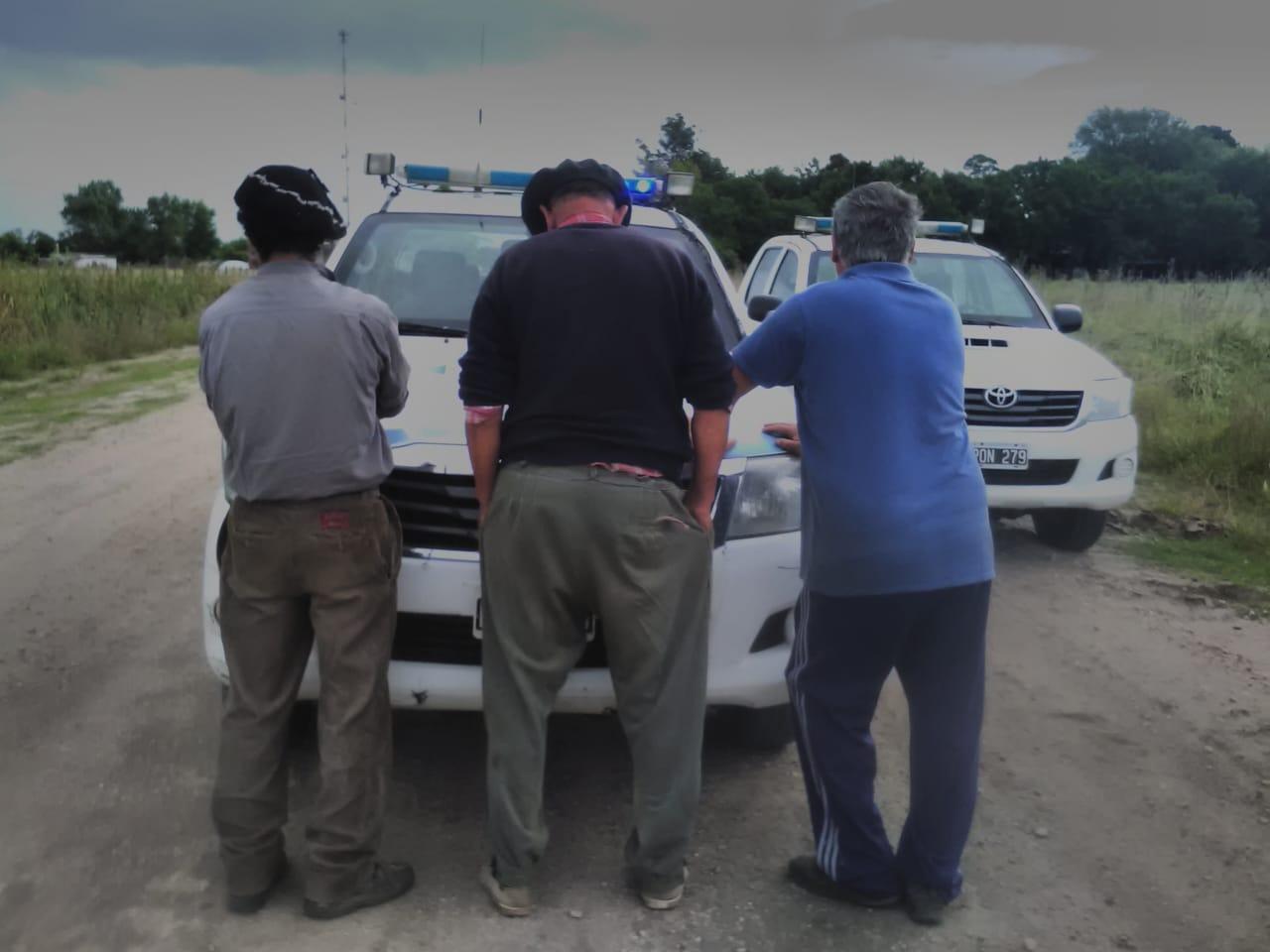 VIVORATÁ: Aprehenden a tres hombres por circular con un animal faenado de dudosa procedencia