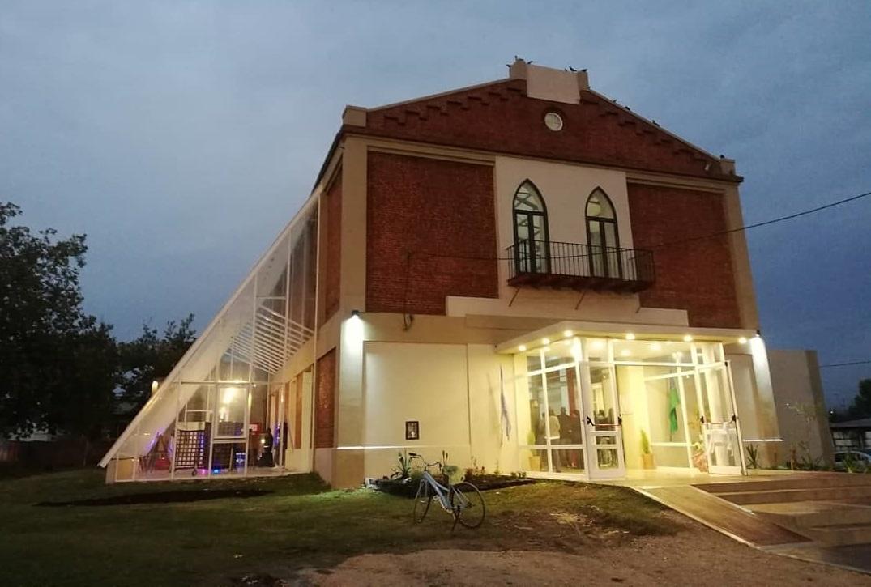 Se inauguró en General Piran, el nuevo Centro Cultural, que lleva el nombre de Eduardo Cesar Viglietti