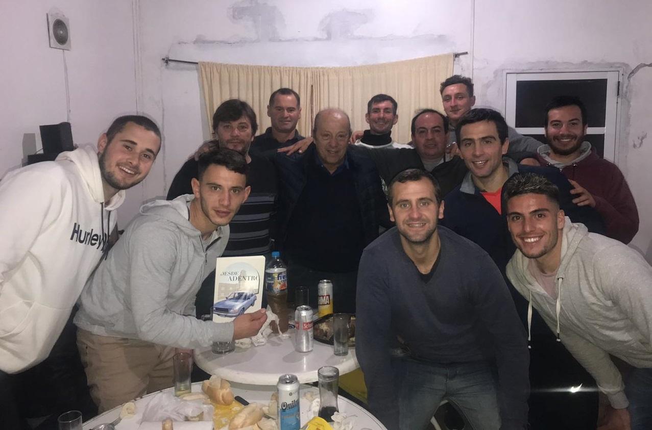 Paredi se reunió con jóvenes en Vivoratá en su camino a las P.A.S.O.