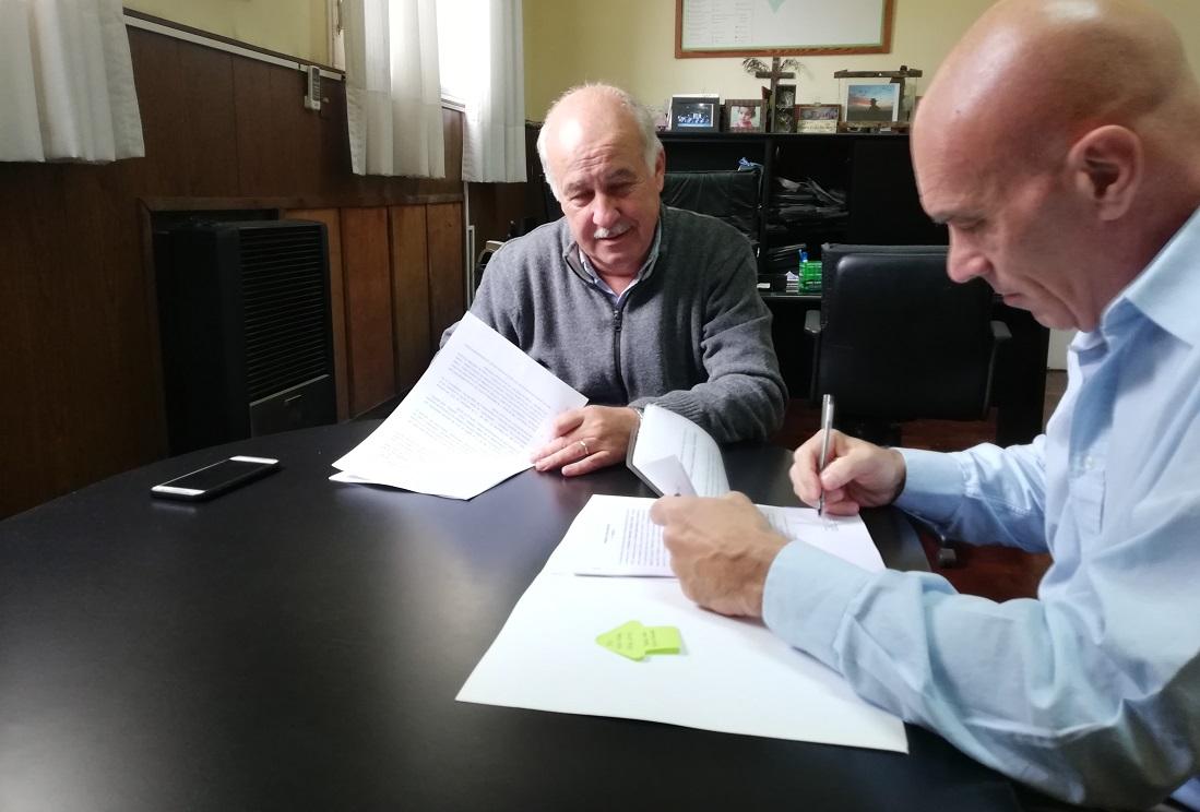 TE LO ADELANTAMOS HACE CASI UN AÑO: Ronda firmó un convenio para una estacion de transbordo de ómnibus en los terrenos del ferrocarril