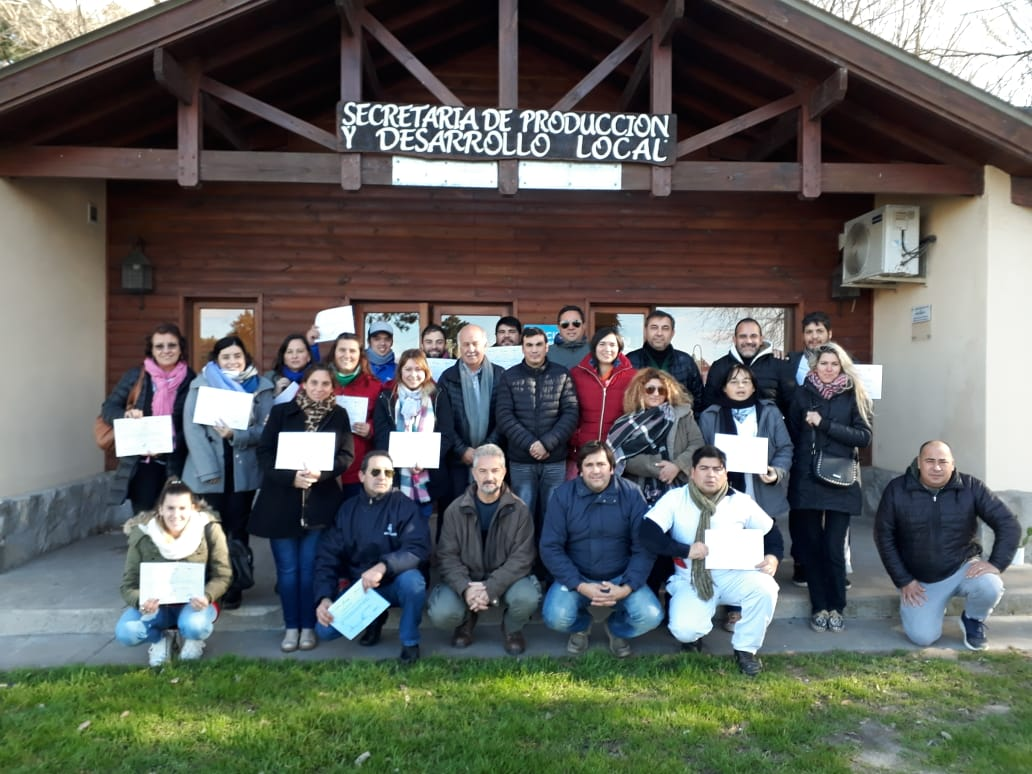 35 AGENTES MUNICIPALES REALIZARON EL CURSO DE AUDITORIA BROMATOLÓGICA