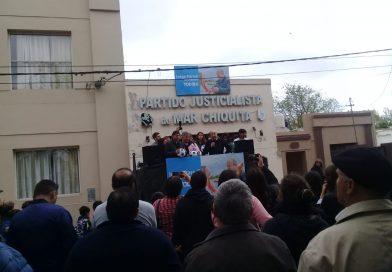CAMINO A LAS ELECCIONES: Paredi cerró su campaña en el mediterráneo y apuesta fuerte a la costa para el próximo sábado