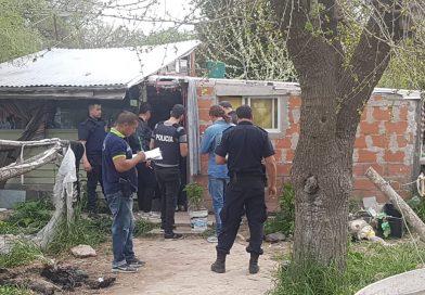 CNEL VIDAL: Allanaron tres domicilios en búsqueda de elementos utilizados en una agresión y además encontraron sustancias ilegales