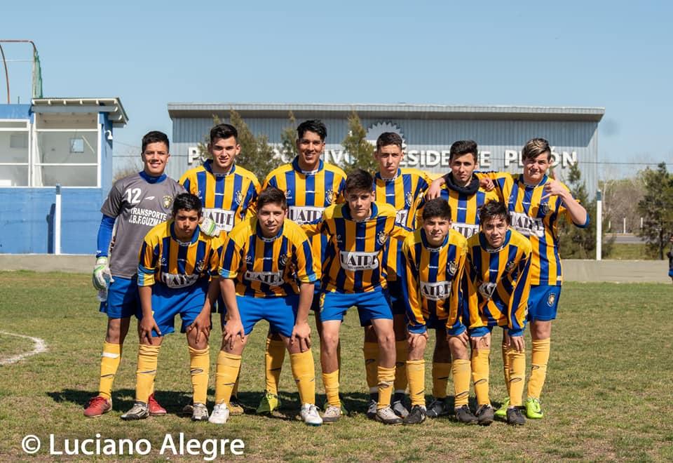 La categoría Sub 17 de Belgrano de Coronel Vidal se consagró campeona del torneo local