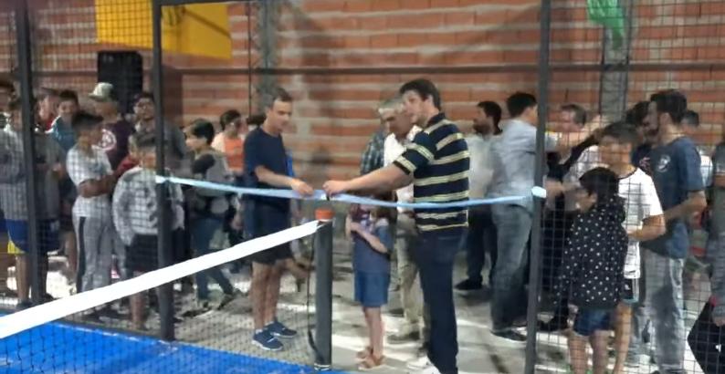 El Club Belgrano de Coronel Vidal inauguró su nueva cancha de pádel