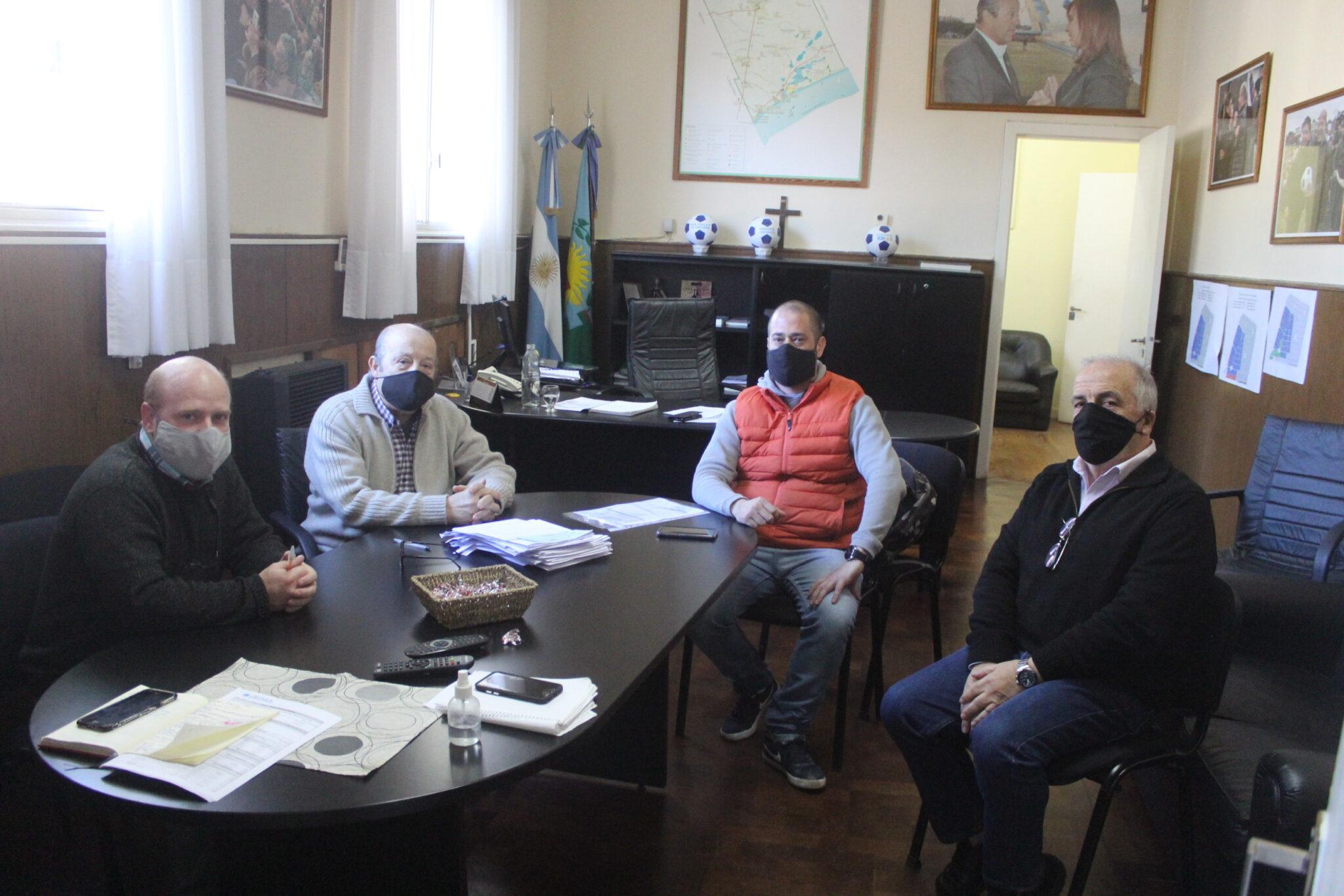 Apertura gastronómica: Paredi se reunió con Esteban Benítez, presidente de la Cámara de Comercio de Santa Clara del Mar y la costa