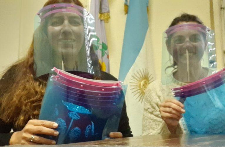El Conicet  y la facultad de ingeniería donaron 60 mascarillas al Consejo Escolar de Mar Chiquita