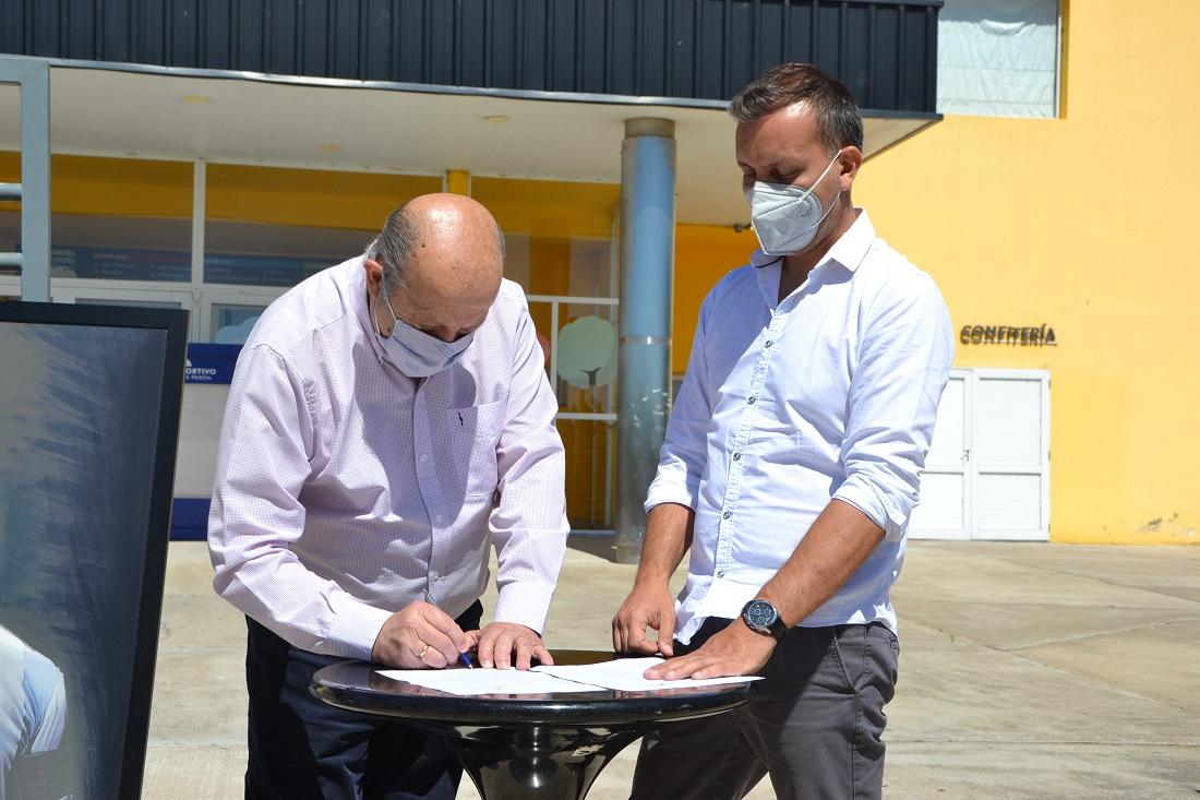 Se firmó un convenio con Provincia por el programa «Preparación del Retorno Deportivo»