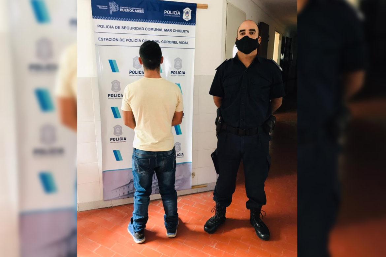 CNEL VIDAL: Tiene arresto domiciliario y golpeó a su novia menor de edad, embarazada de 7 meses