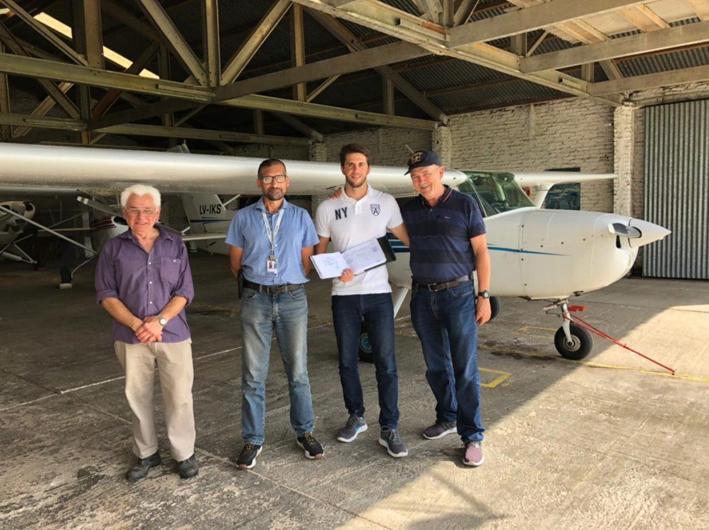 El Aeroclub de Coronel Vidal diplomó un nuevo piloto y un instructor de vuelo