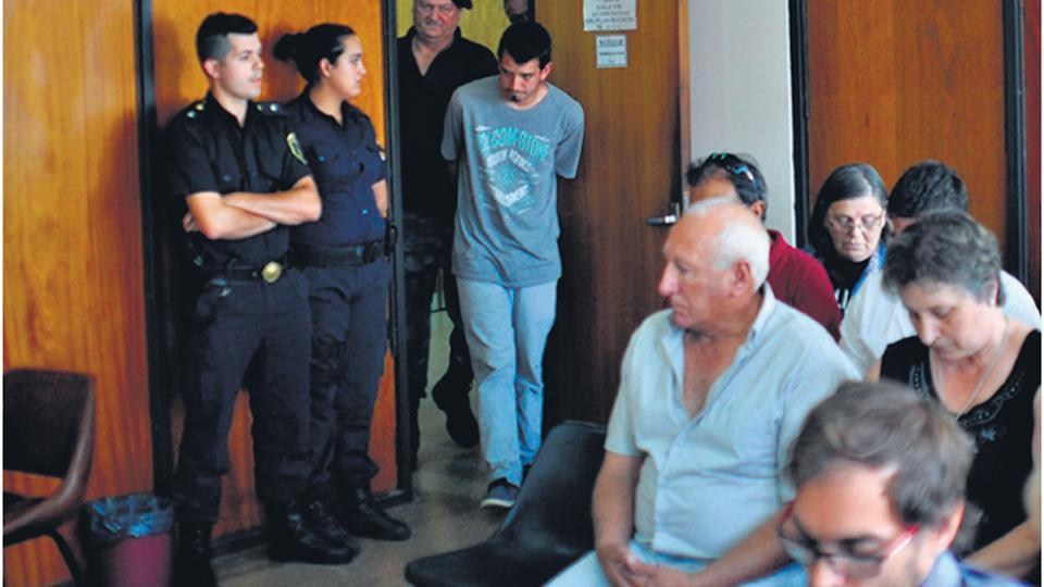 Le concedieron la libertad asistida a Lucas Carnero, el conductor que atropelló y mató al policia Fabian Mendiola