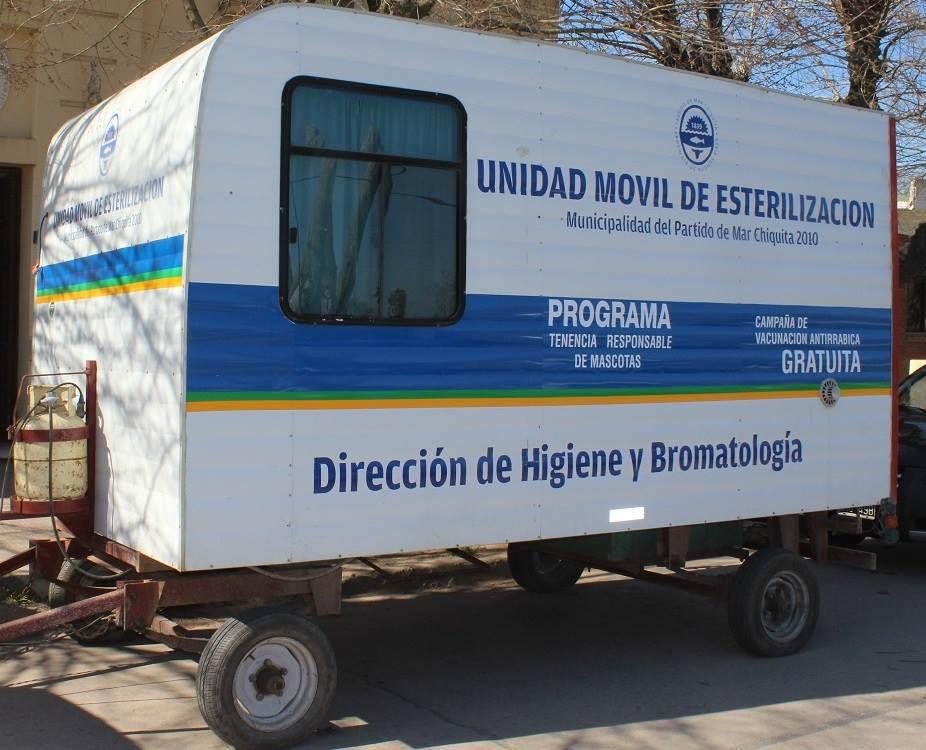 Vacunación antirrabica en Camet Norte y Santa Clara