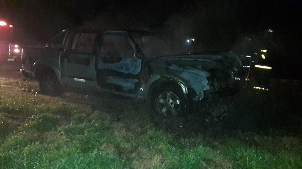 Se incendió una camioneta en cercanías de Coronel Vidal este sábado por la noche