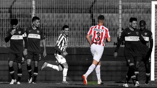 El Estudiantes del Vivoratense Ivan Erquiaga, le sacó la punta a Boca JR en la Superliga