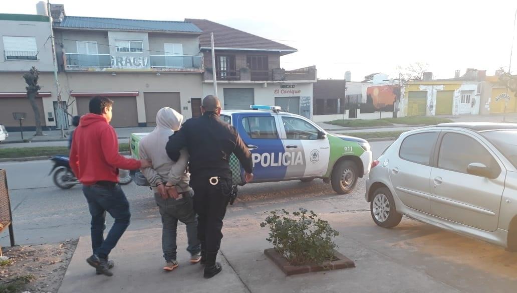 Detuvieron en Mar del Plata a un prófugo por venta de estupefacientes en Santa Clara del Mar