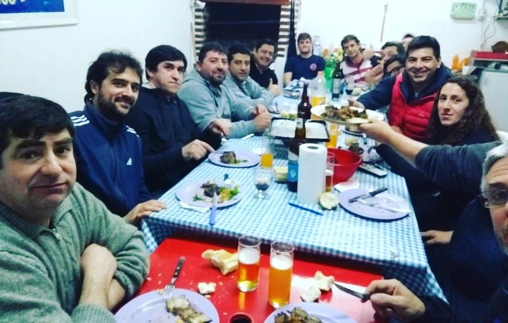 Marcelo Sosa se reunió con el Club Belgrano en Coronel Vidal y les brindó apoyo para el Proyecto de la cancha de Pádel vidriada