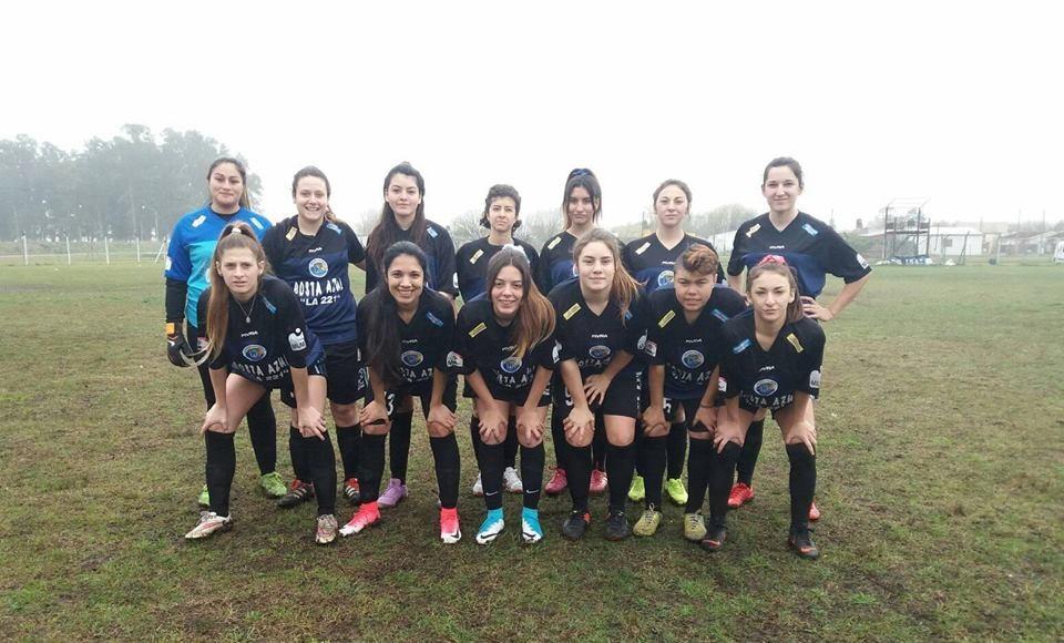 El femenino de Santa Clara aplastó en futbol al nuevo equipo de Vivoratá, que está iniciando la disciplina