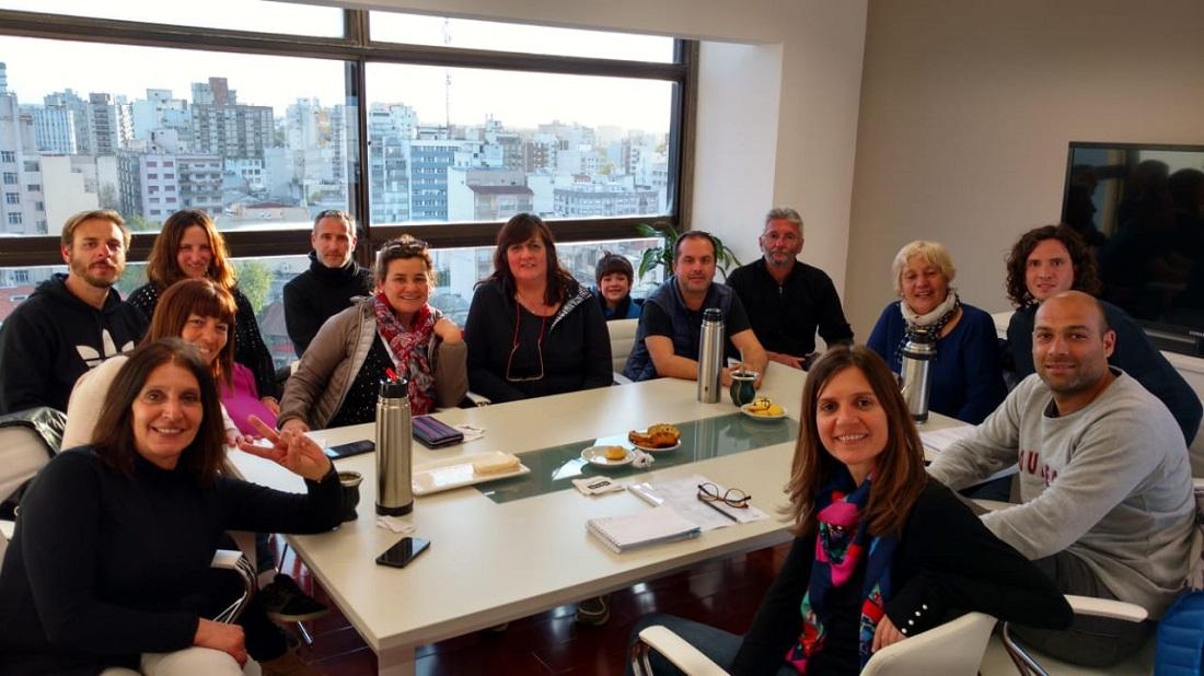La Multisectorial de Mar Chiquita y la diputada Fernanda Raverta analizaron el impacto de la crisis en los vecinos