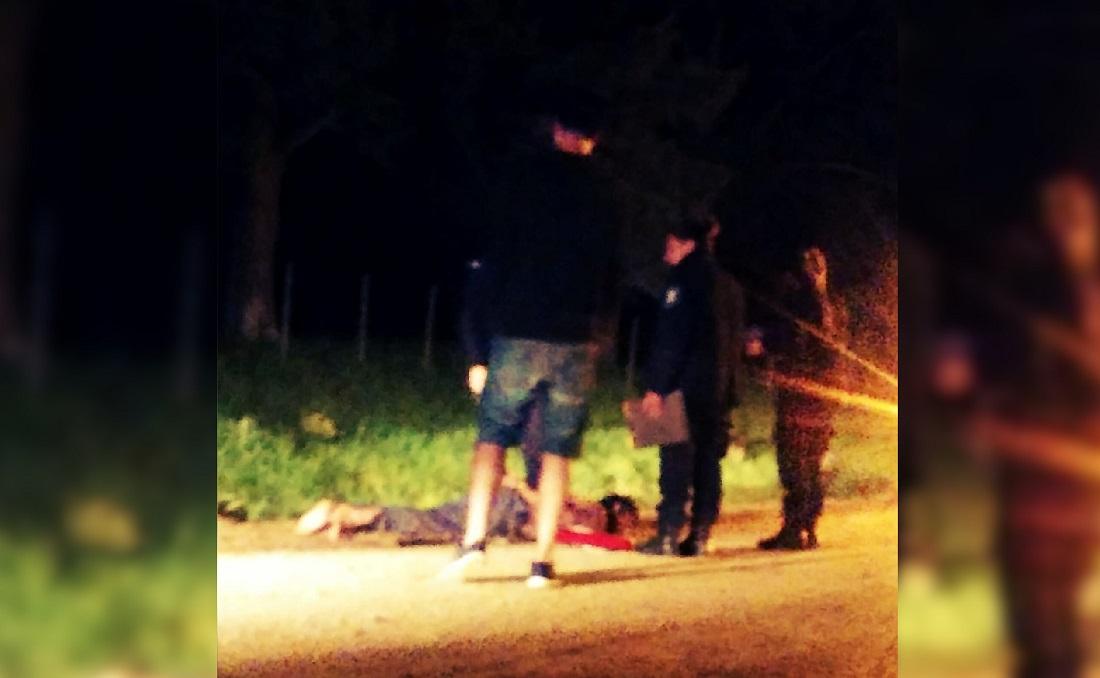 CNEL VIDAL: Persecución policial terminó con una camioneta volcada y dos heridos