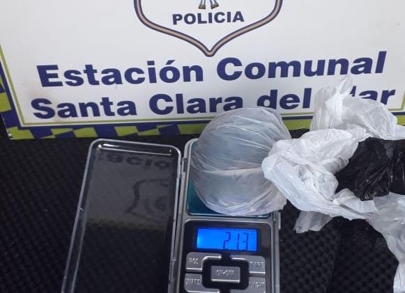 STA CLARA: Secuestran marihuana y un automóvil que circulaba sin documentación