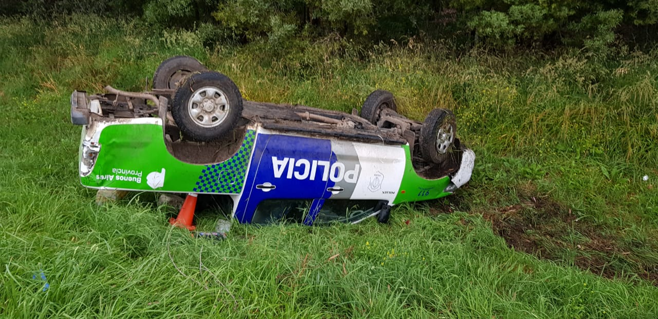 Efectivo de Vivoratá volcó un móvil en la Autovía 2, tenía alto grado de alcohol en sangre
