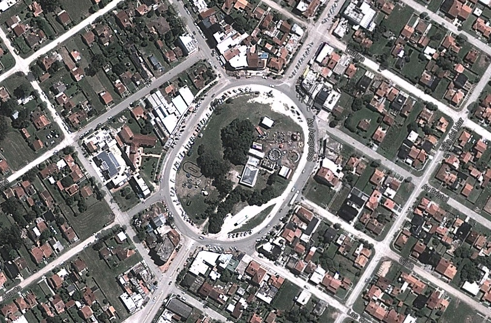 """Ofertan la Rotonda del Viejo Contrabandista en """"Mercado Libre"""" por alrededor de 50 millones"""