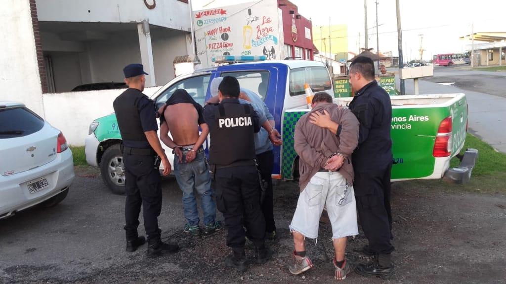 PLAYA DORADA: Detienen a tres sujetos que ingresaron a robar a una vivienda