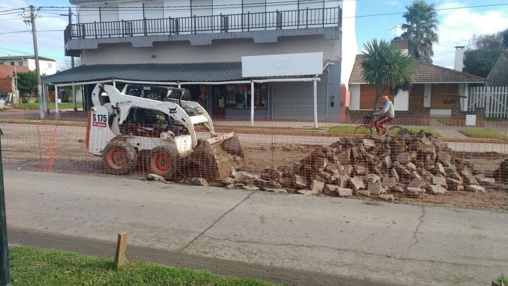 STA CLARA: Se amplió el asfalto de Avenida Acapulco