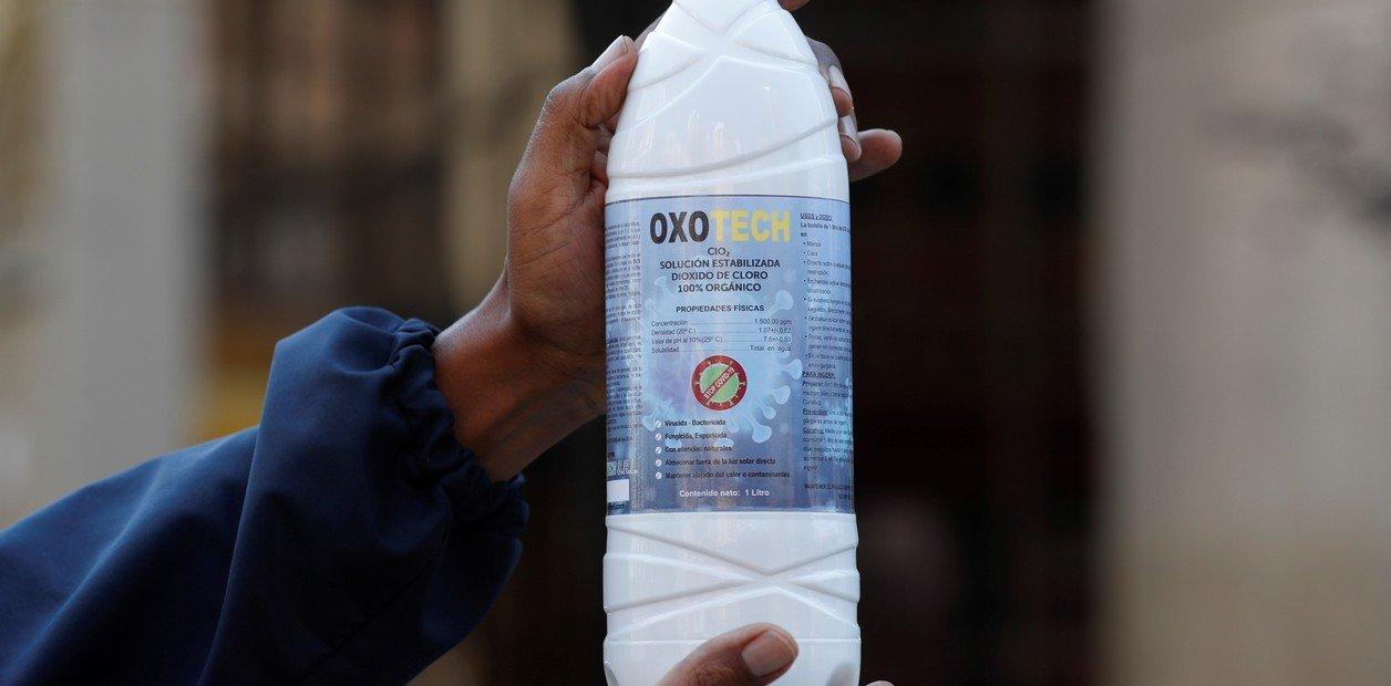 La Anmat dio de baja más de 400 avisos de Internet que vendían dióxido de cloro