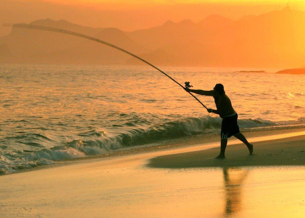 """El Club de Pesca """"La Escollera"""" realiza un sorteo a beneficio para comprar una prótesis a una vecina de la costa marchiquitense"""