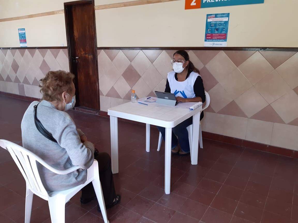 PAMI organizó la logística para trasladar jubilados del mediterráneo a vacunarse a Santa Clara del Mar contra el COVID-19