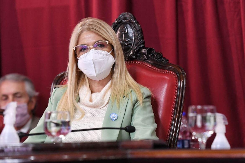 """Verónica Magario: """"En un mundo en crisis por la pandemia y la dificultades para conseguir vacunas, ahora la Provincia podrá salir a adquirir dosis"""""""