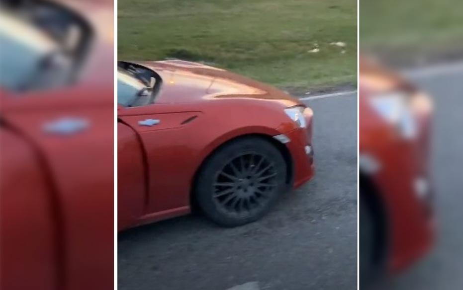 """CNEL VIDAL: Un usuario de TikTok furioso porque lo multaron por tener """"un poquito de barro en la patente"""" y un """"auto costoso"""""""