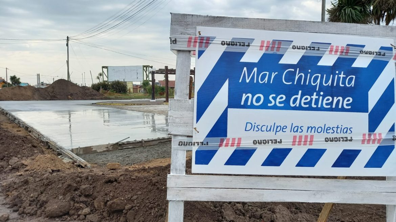 Avanza la pavimentación con hormigón de la Costanera de Santa Clara del Mar
